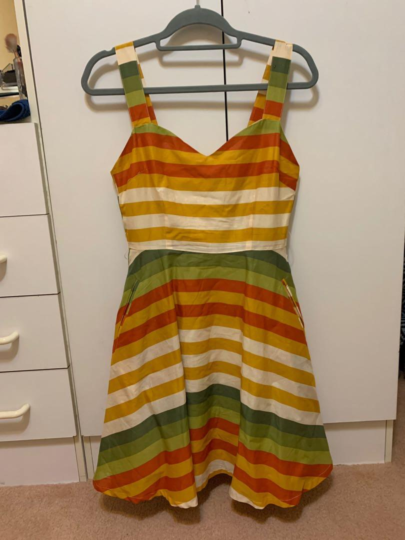 NWT - By the Seaside - Yellow/Orange Sunset colours striped - Size 8 - Dangerfield