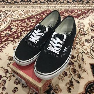 Vans Classic Authentic Black/ White