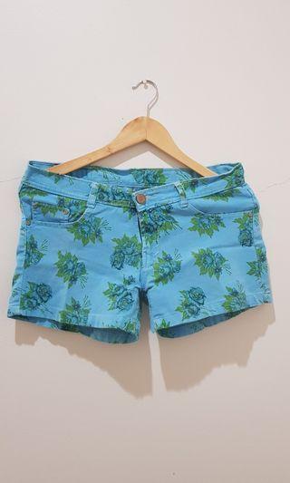 Floral Blue Short Pants