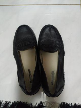 #visitsingapore Obermain Shoes