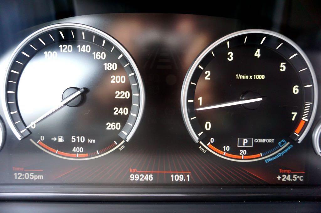 11年 BMW 730i 3.0L