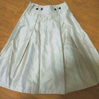 二手//氣質米白及膝裙