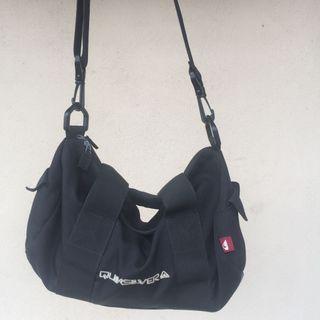 Sling bag quicksilver