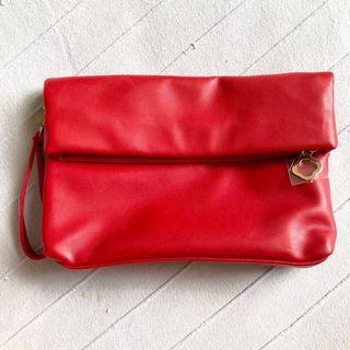Cosmetics pouch (red)