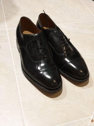 New in Box Johnston & Murphy Black Shoes Size 8
