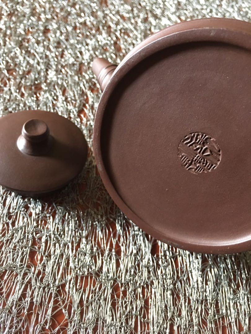 早期收藏》提樑/紫砂茶壺〉未使用品