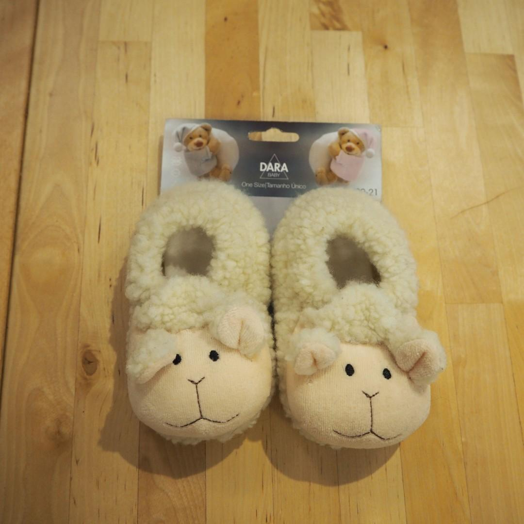 "全新 寶寶 暖暖 baby slippers ""Winter is coming"""
