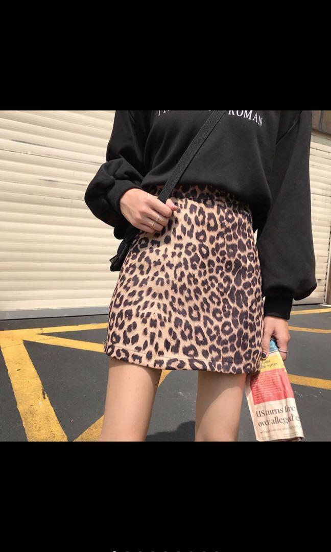 豹紋A字短裙
