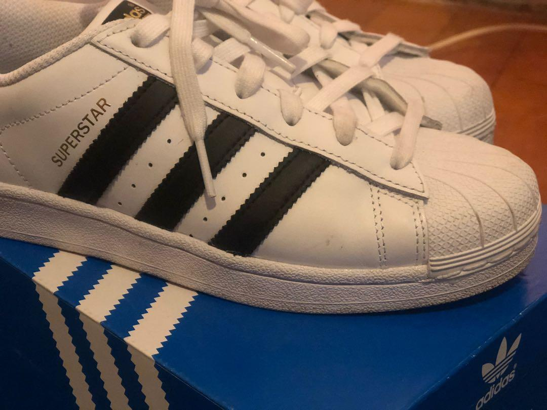 Brand new Adidas Originals Superstar Sneakers brand new size 7 rrp $130