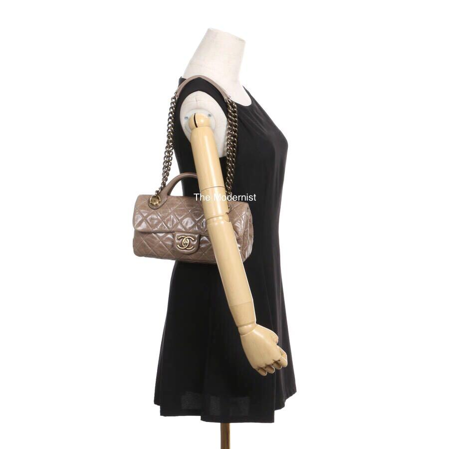 Authentic Pre-loved Chanel Calf Leather Shoulder Bag