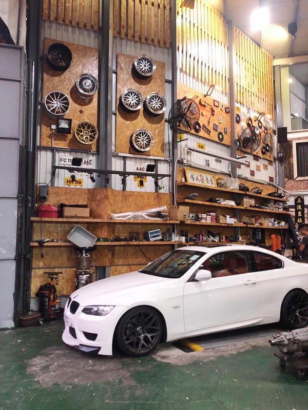BMW 325IA coupe 2010