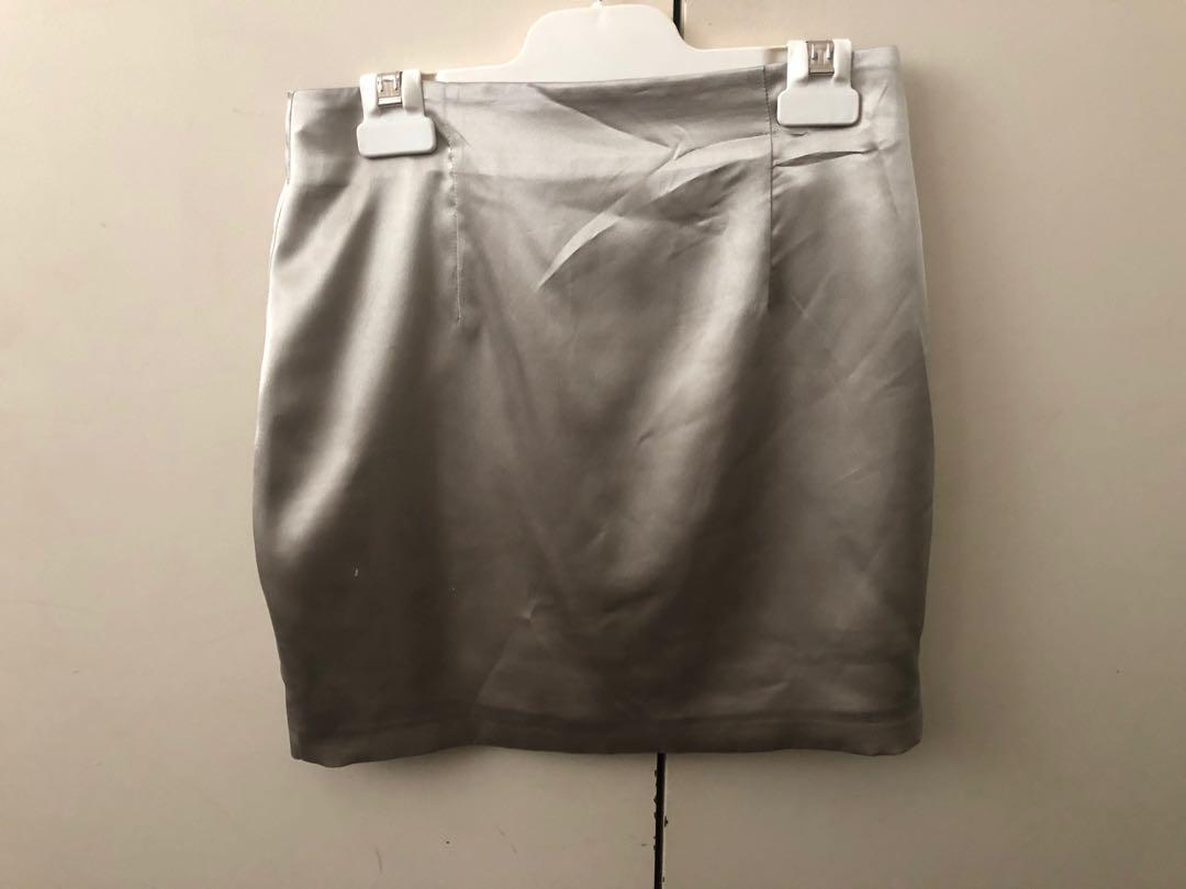 Meshki pale green satin mini skirt
