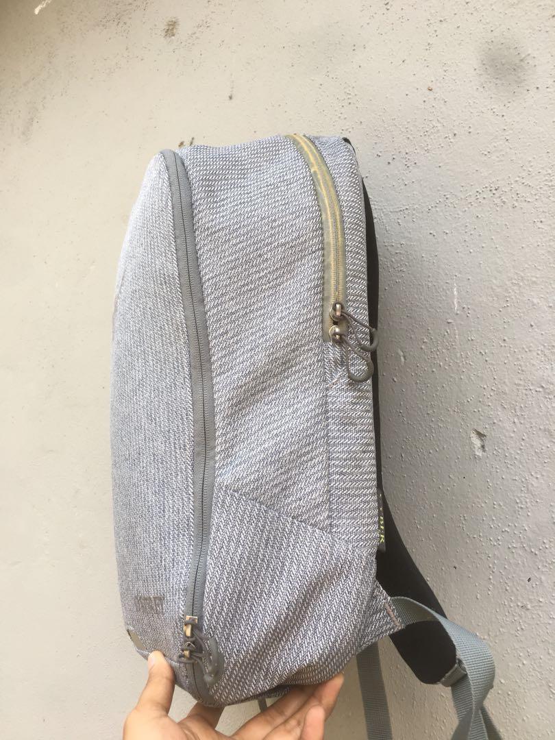 ospray laptop backpack
