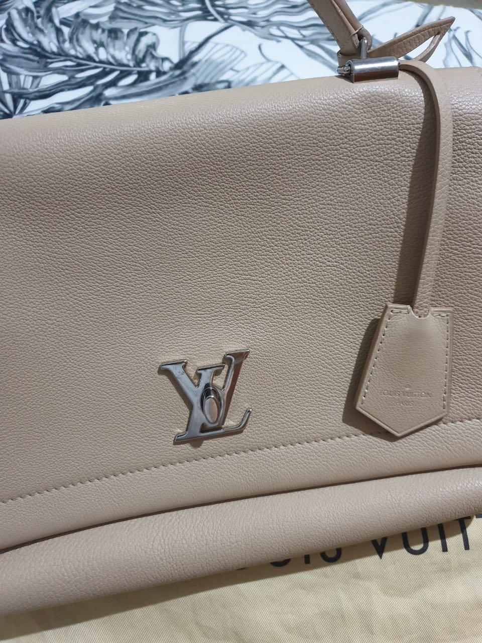 VGC Louis Vuitton Lockme Dune Grained Leather Receipt sept  2015