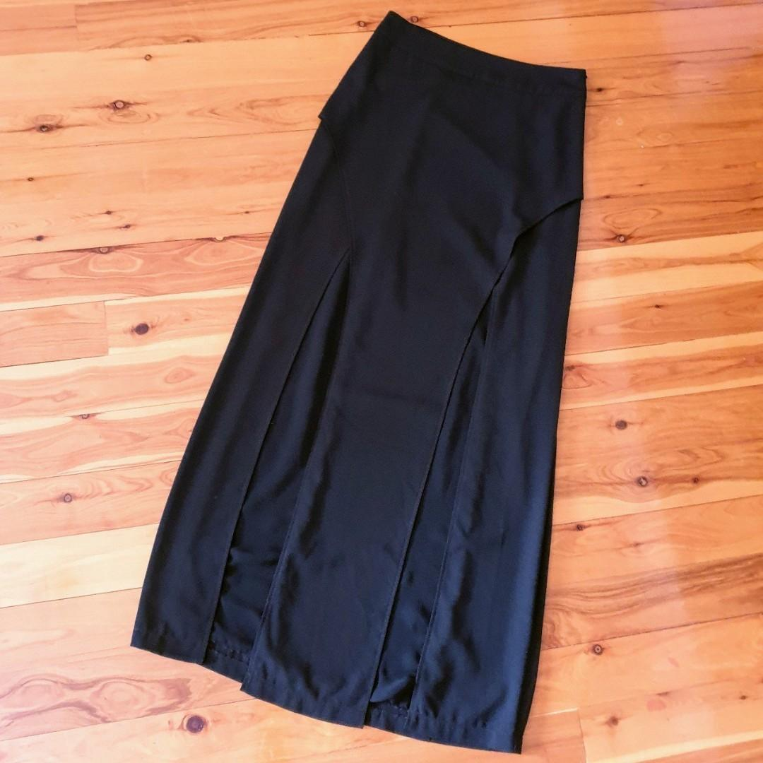 Women's size 10 'SHEIKE' Stunning black long maxi skirt with double slits - AS NEW