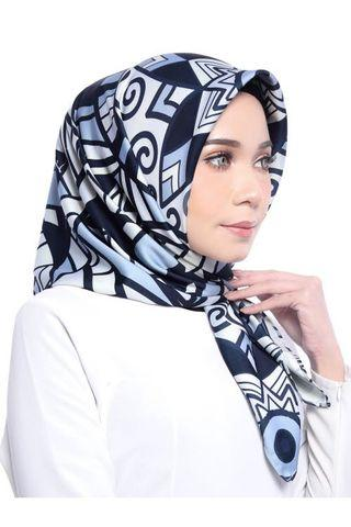 Limited Edition Paradigm Scarf by Zefiks