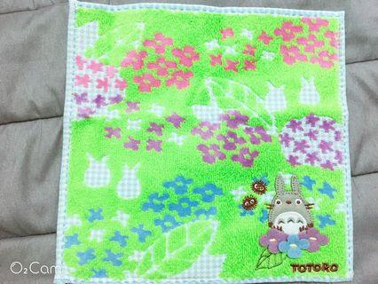 ❤️紫花龍貓方巾❤️