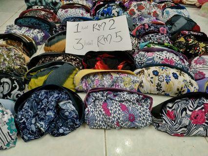TUDUNG SARUNG RM2