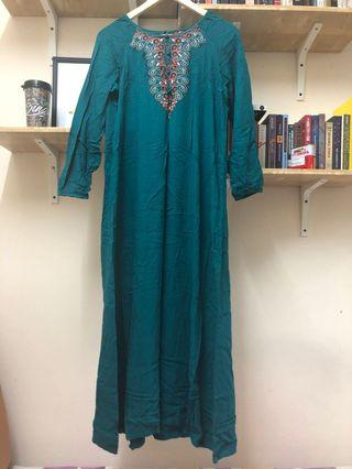 Jubah Turquoise with embroideries