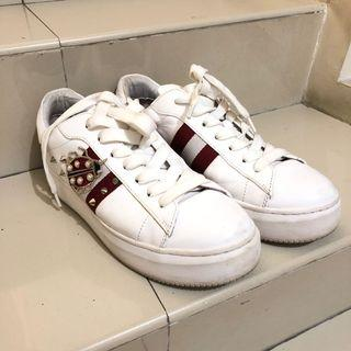 Staccato Sneakers