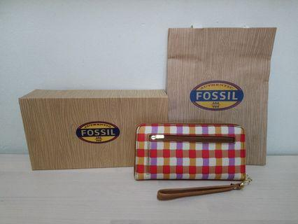 Fossil  Sydney Signature Zip Clutch Red Plaid Wristlet Purse SL4272641