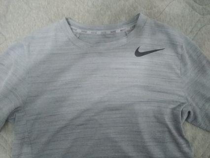 Nike ua 運動t 短褲