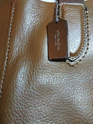 tas wanita merk COACH