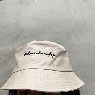 米色漁夫帽 盆帽