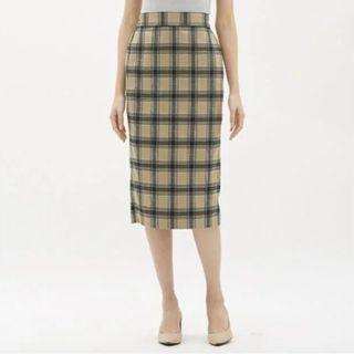 GU 復古格紋高腰後開衩窄裙 駝色 卡其色系