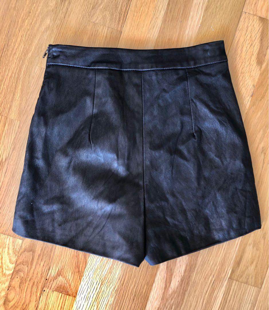 Brand New without Tags Kookai Leather shorts (sz34)