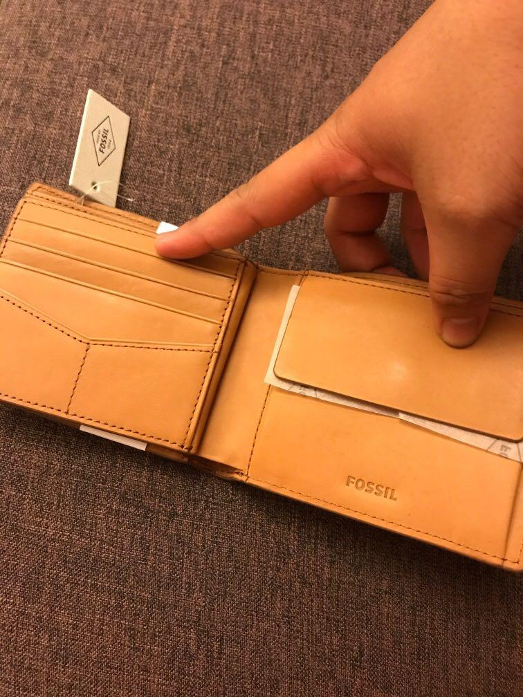 Fossil brown RFID