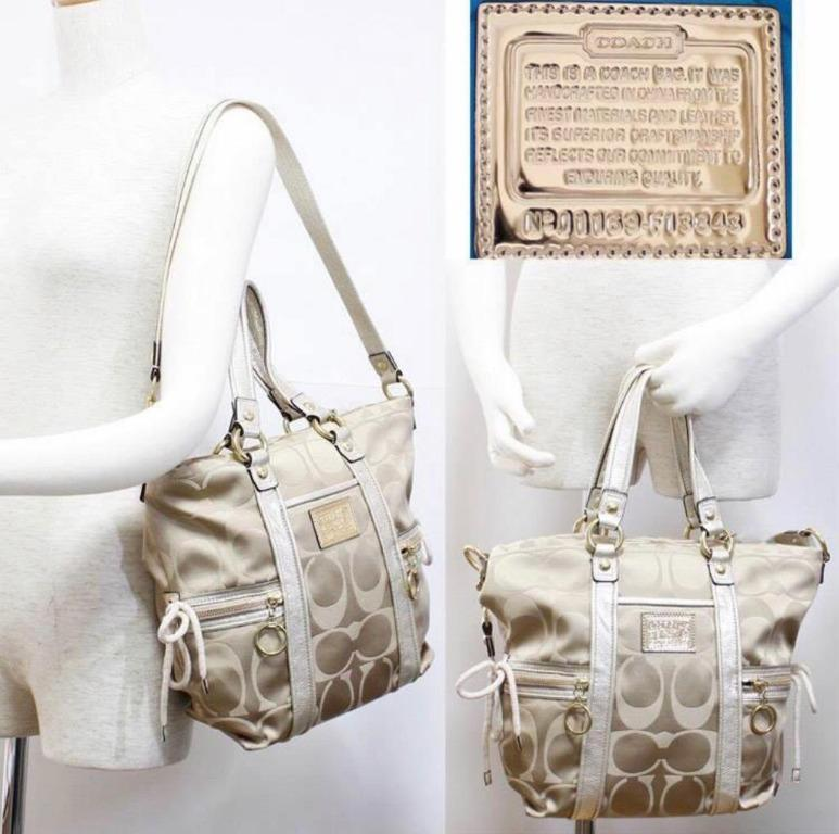 *New* Coach Poppy Handbag (Light Khaki)