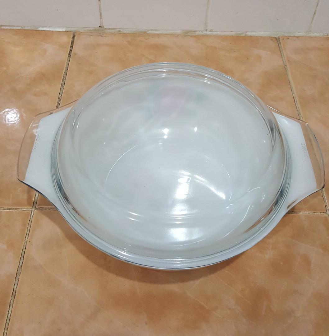 Pyrex cottage rose round casserole bowl