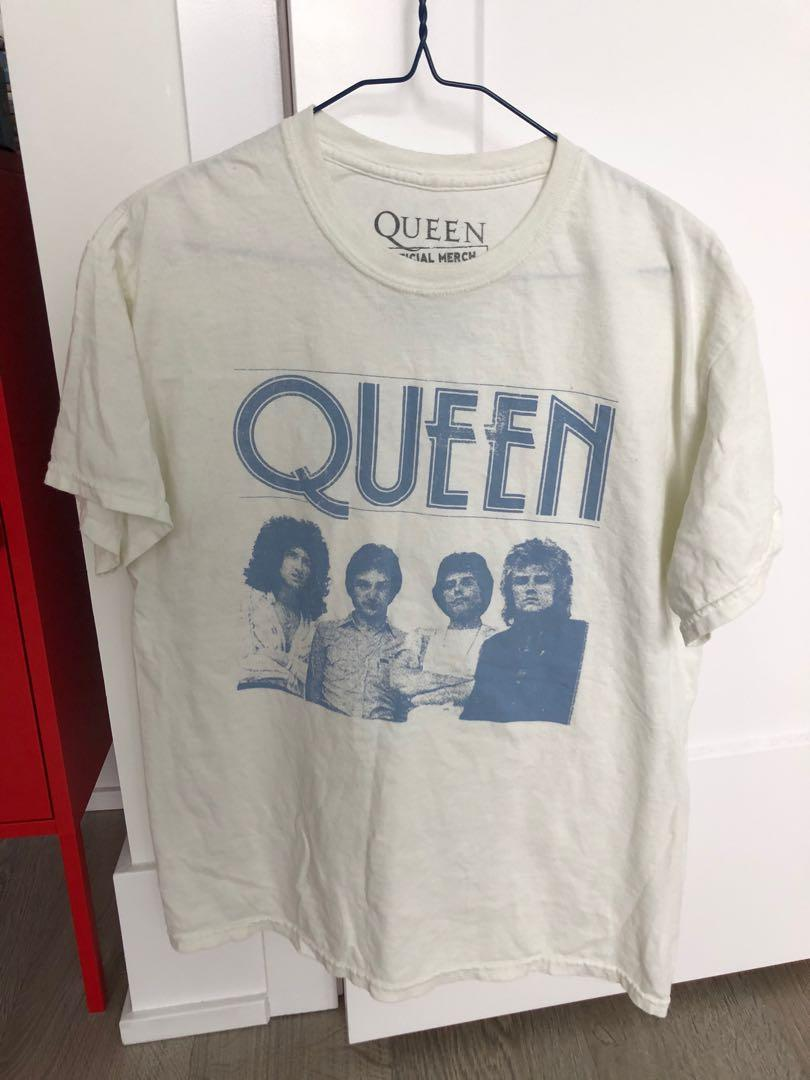 QUEEN OFFICIAL MERCH T-SHIRT FROM URBAN OUTFITTERS