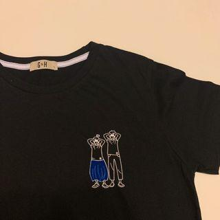 black tee t-shirt