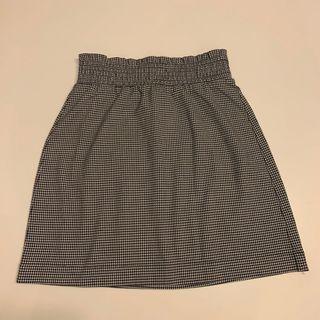 monki black & white skirt