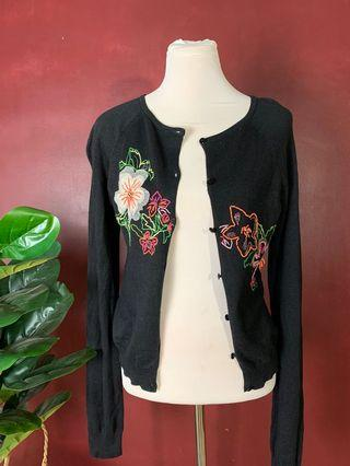 Embroidery Sweater Shirt