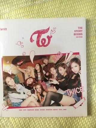 TWICE 出道專 專輯 The story begins
