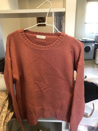 藕粉色針織上衣💗💗💗(怎麼搭都好看😍😍)