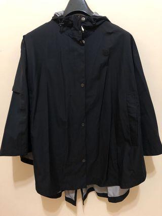 Timberland黑色連帽防水斗篷外套
