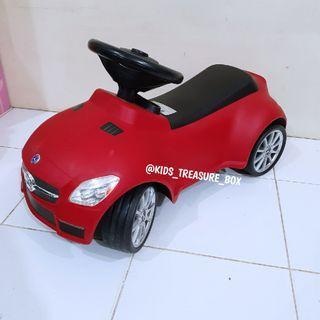 Mobil mobilan anak ride on lisensi mercedez bens