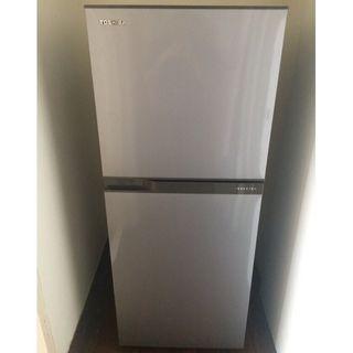 【TOSHIBA東芝】192公升一級能效變頻電冰箱 典雅銀(GR-A25TS S)
