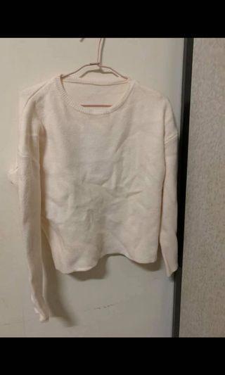 質感百搭柔軟毛衣(杏色帶一點鵝黃)/僅穿過一次