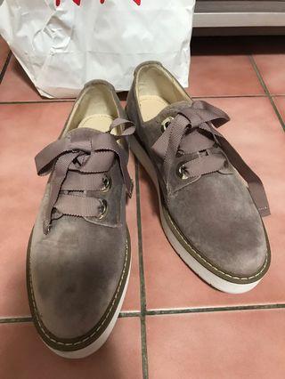 ZARA  英倫風 植絨 厚底休閒鞋36號。紫芋色