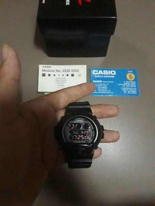 Casio G-Shock DW 6900(not seiko, timex, alba, orient)