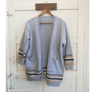 『二手衣出清』北歐風圖騰針織外套
