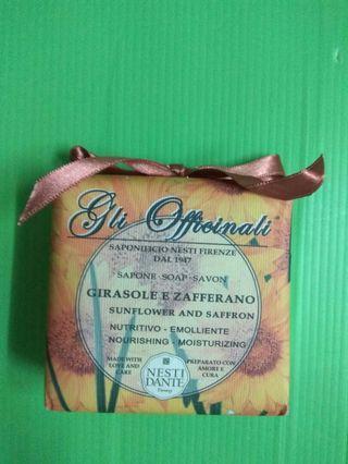 Italy soap 意大利製.番紅花向日葵手工皂(200g)