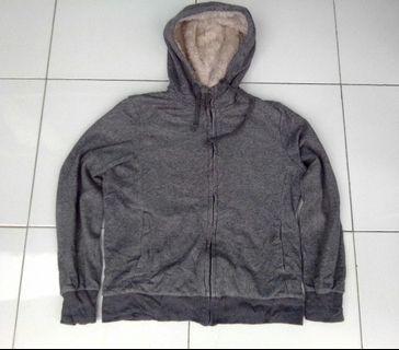 Jaket sweater zip hoodie zipper uniqlo original