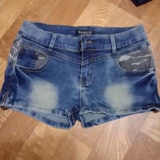 牛仔短褲 M號