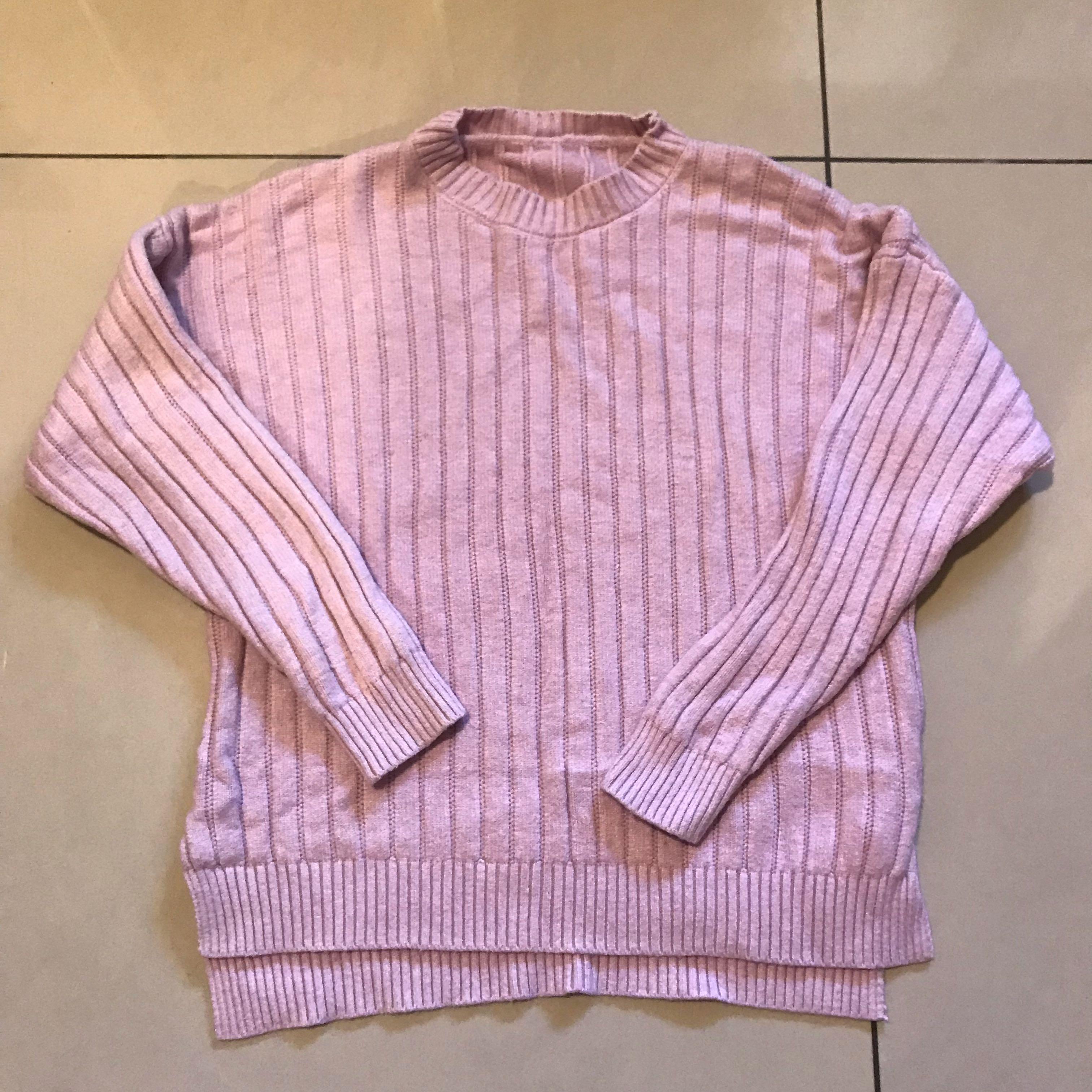 粉色針織上衣